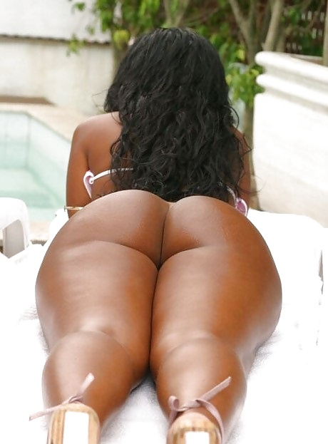 black Mature booty big