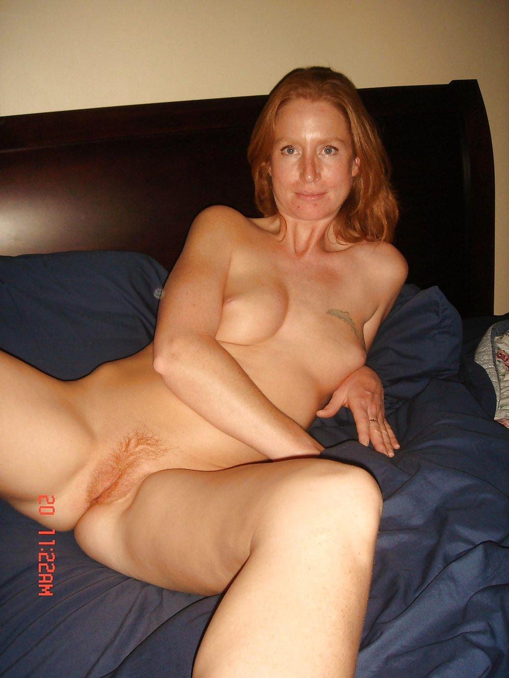 http://hotamateurmature.com/gallery/Housewives_milf_mature_elders/54.jpg