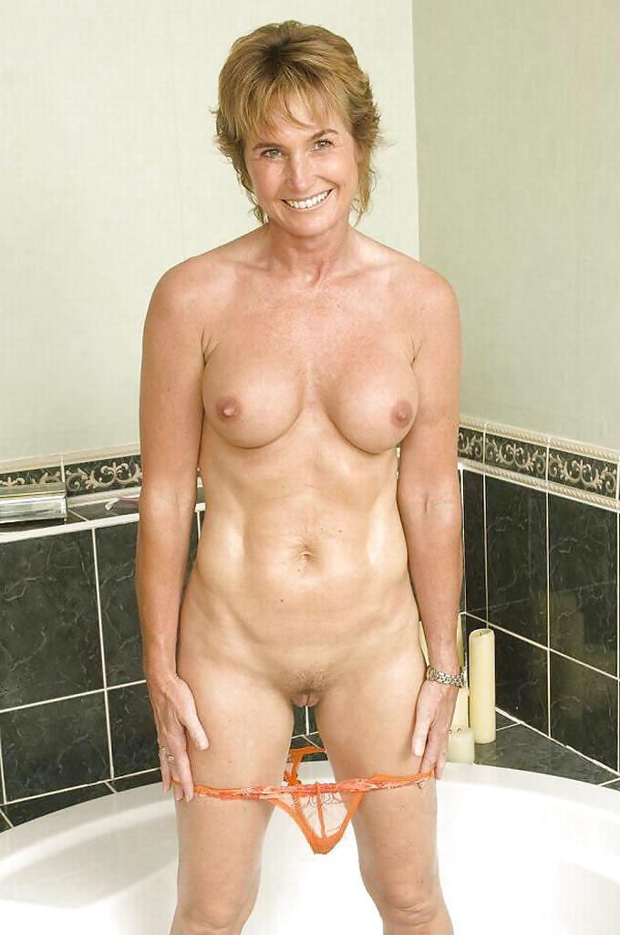 http://hotamateurmature.com/gallery/Housewives_milf_mature_elders/80.jpg