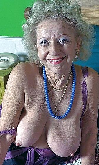 Nasty Grannys 105