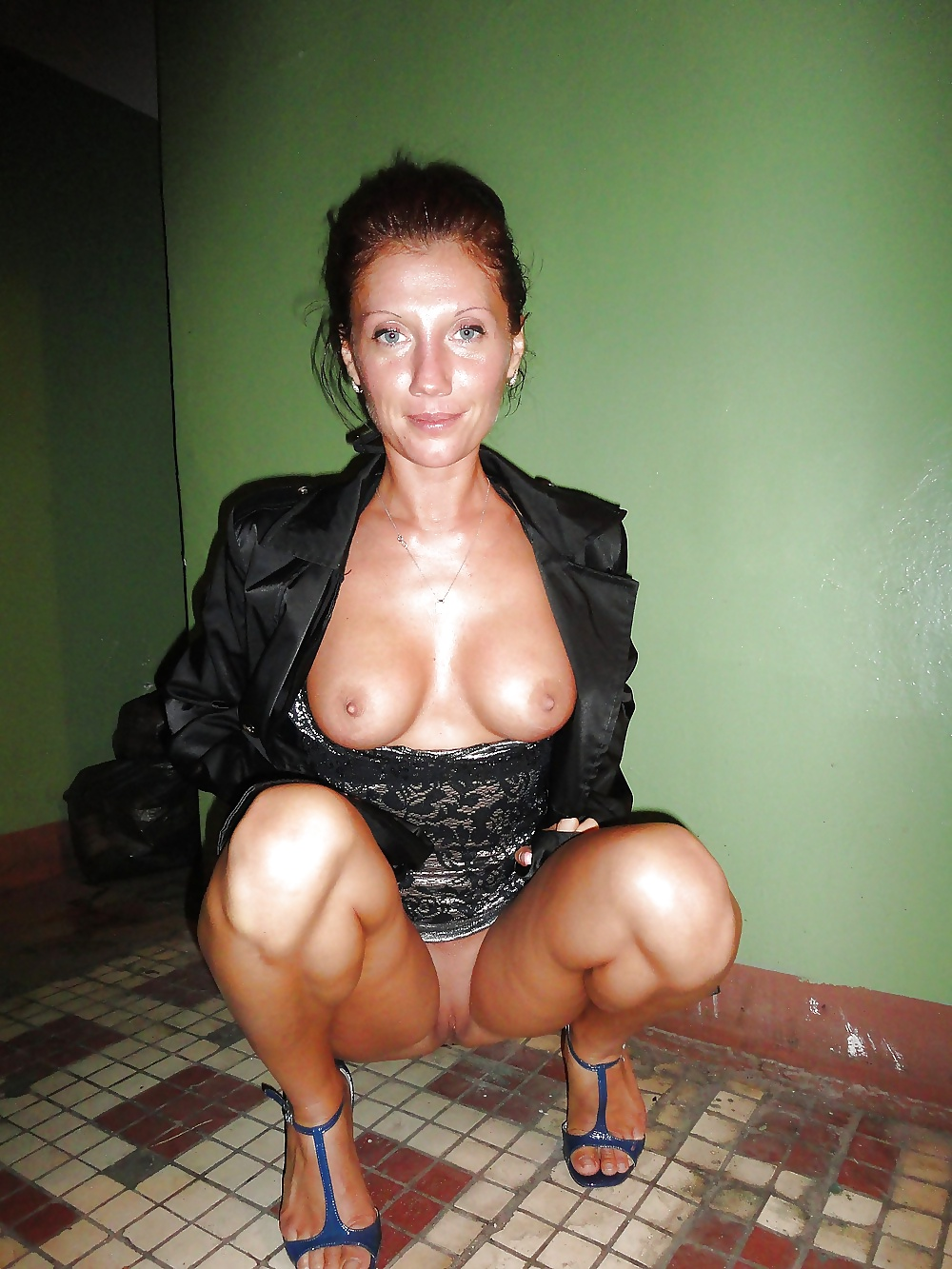 Best Milf Pics  Sexy and Hot Milf Moms Free Picture Galleries