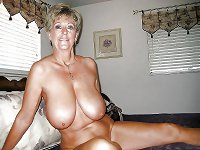 Sexy MATURES and MILFs 41
